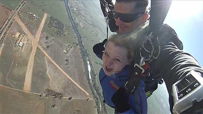 breea-skydiving